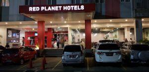 No Telpon Red Planet Hotel Bekasi Depan